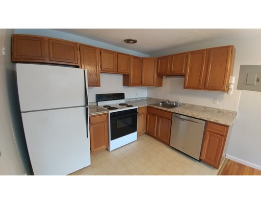 Additional photo for property listing at 211 Baker Street  Boston, Massachusetts 02132 Estados Unidos
