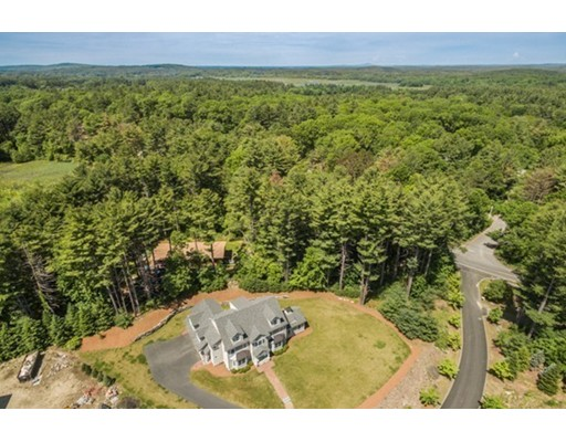 Single Family Home for Sale at 3 Dylan's Circle 3 Dylan's Circle Wayland, Massachusetts 01778 United States