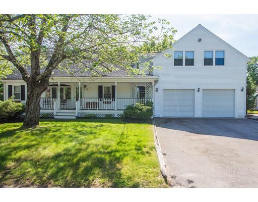 متعددة للعائلات الرئيسية للـ Sale في 33 Elvira Street Bellingham, Massachusetts 02019 United States
