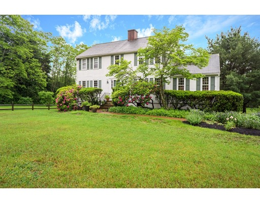 Single Family Home for Sale at 500 Lexington Road Concord, Massachusetts 01742 United States