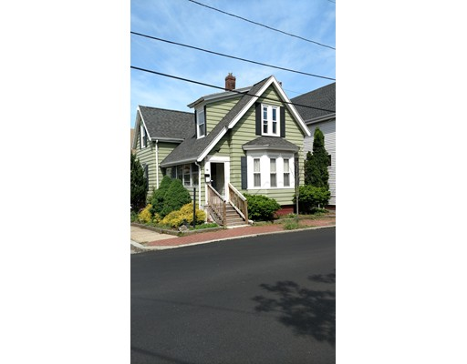 Single Family Home for Sale at 32 Hazel Street Salem, Massachusetts 01970 United States