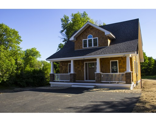 Single Family Home for Sale at 15 Haverhill Street Hudson, New Hampshire 03051 United States