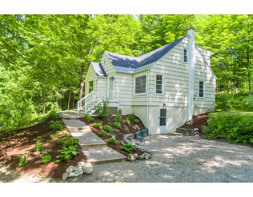 Single Family Home for Sale at 135 Conway Street Whately, Massachusetts 01093 United States