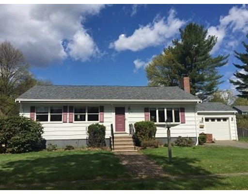 Additional photo for property listing at 4 Parkman Road  Reading, Massachusetts 01867 United States