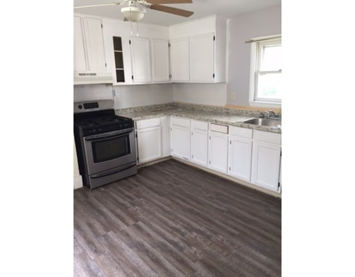 Additional photo for property listing at 380 Chatham Street  Lynn, Massachusetts 01902 Estados Unidos