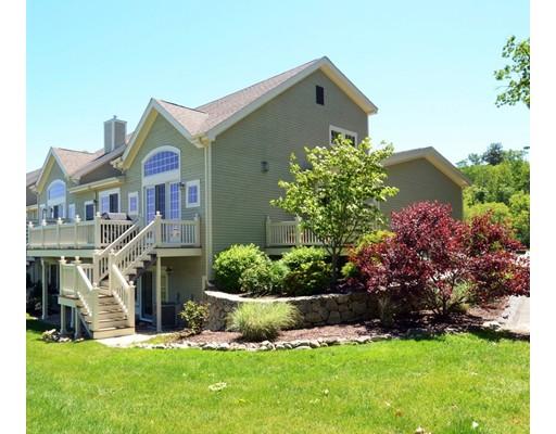 Appartement en copropriété pour l Vente à 2 Country Club Lane #2 Middleton, Massachusetts 01949 États-Unis
