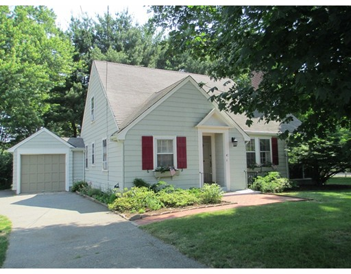 Additional photo for property listing at 41 Kingsbury Street  Wellesley, Massachusetts 02481 Estados Unidos