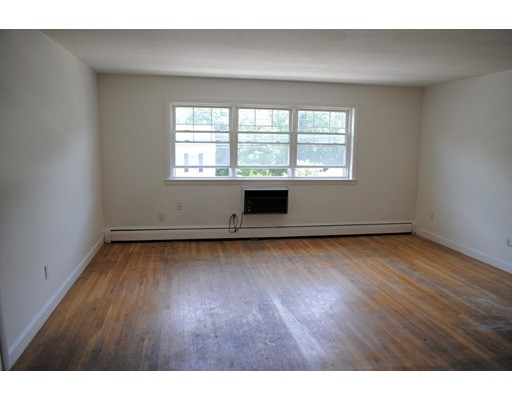 Single Family Home for Rent at 882 Sea Street Quincy, Massachusetts 02169 United States
