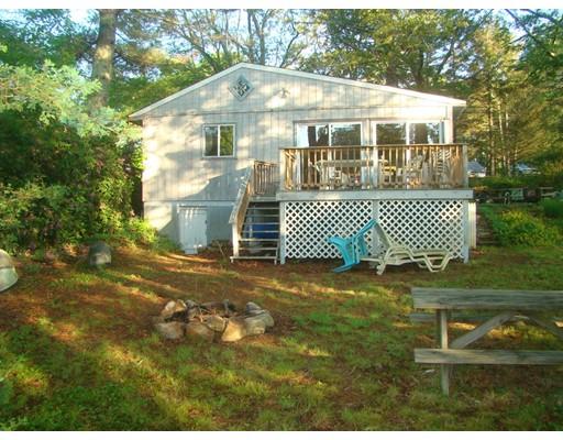 Maison unifamiliale pour l Vente à 20 Pine Tree Road Coventry, Rhode Island 02816 États-Unis