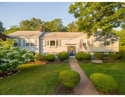 独户住宅 为 销售 在 20 Hampden Drive 诺伍德, 马萨诸塞州 02062 美国
