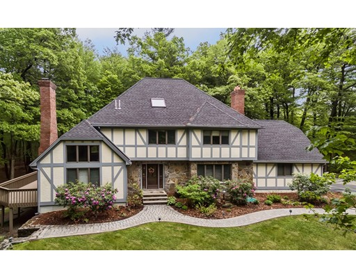 Single Family Home for Sale at 14 Newtowne Way Chelmsford, Massachusetts 01824 United States