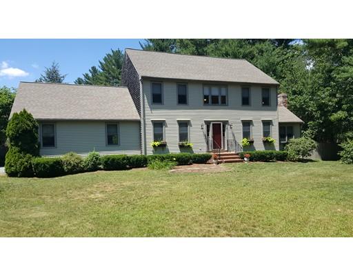 独户住宅 为 销售 在 74 Newcomb Street Norton, 马萨诸塞州 02766 美国