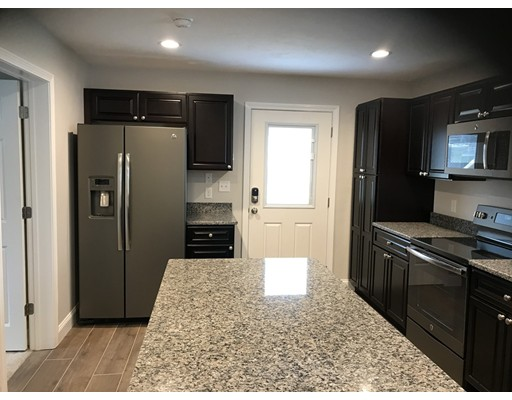 Additional photo for property listing at 131 Arch Street  Middleboro, 马萨诸塞州 02346 美国