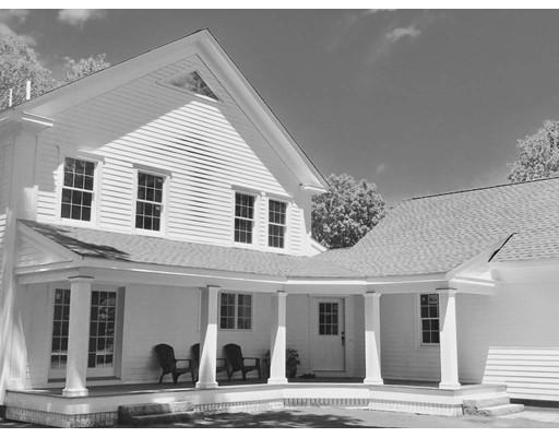 独户住宅 为 销售 在 354 Main Street 麦德菲尔德, 马萨诸塞州 02052 美国