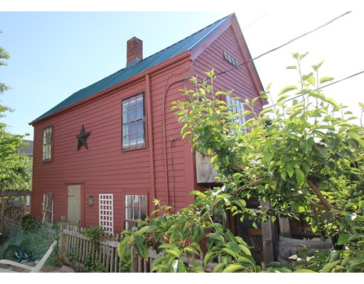 6 Mcintyre Ct, Peabody, MA 01960