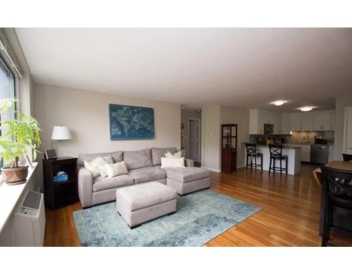 Casa Unifamiliar por un Alquiler en 519 Washington Street Brookline, Massachusetts 02446 Estados Unidos