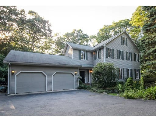 Single Family Home for Sale at 3 Maxcy Street Attleboro, Massachusetts 02703 United States