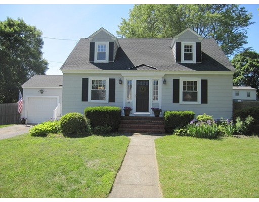 20 Walnut Ave, North Andover, MA 01845