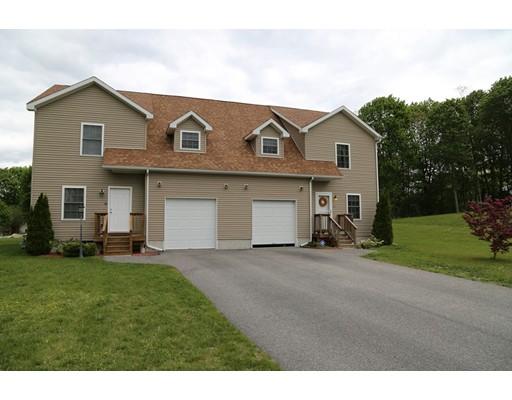 Additional photo for property listing at 12 James Signett Way  Stoughton, Massachusetts 02072 Estados Unidos