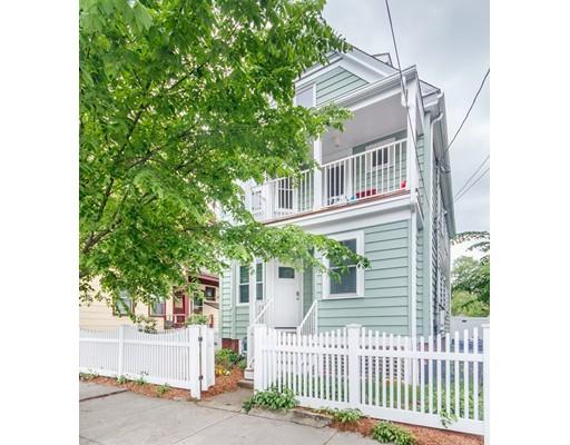 Casa Multifamiliar por un Venta en 8 Seven Pines Avenue Cambridge, Massachusetts 02140 Estados Unidos