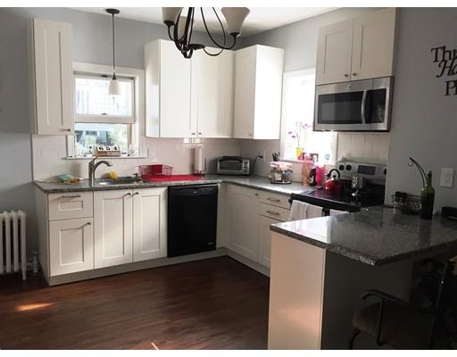 独户住宅 为 出租 在 20 Granite Street Somerville, 马萨诸塞州 02143 美国