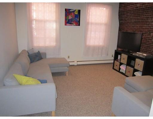 独户住宅 为 出租 在 149 Fulton 波士顿, 马萨诸塞州 02109 美国