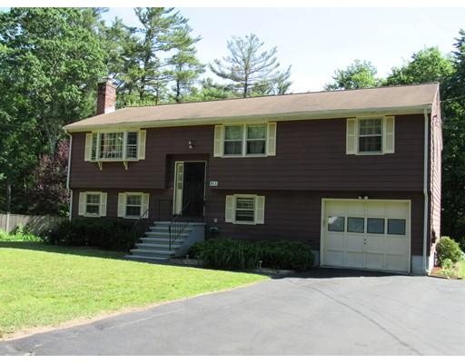 Maison unifamiliale pour l Vente à 90 Locust Street Burlington, Massachusetts 01803 États-Unis
