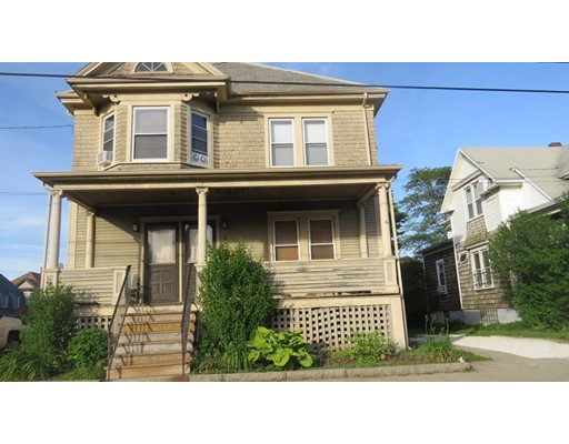Casa Unifamiliar por un Alquiler en 86 Mt. Pleasant Street New Bedford, Massachusetts 02740 Estados Unidos