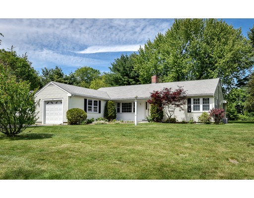 22 Gloucester Rd, Westwood, MA 02090