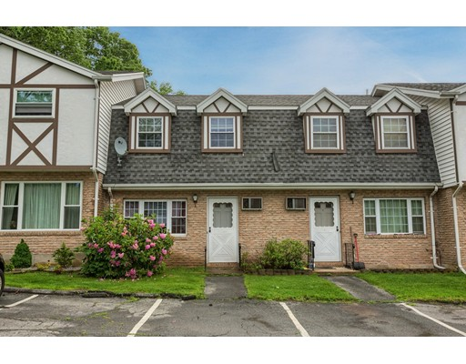 945 Riverside Dr 10B, Methuen, MA 01844
