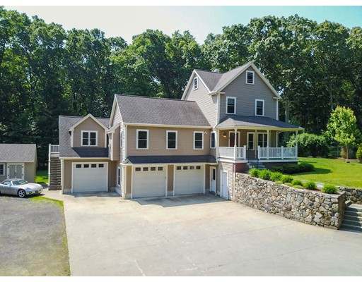 Single Family Home for Sale at 10 Daniels Road Medway, Massachusetts 02053 United States