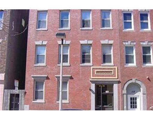 独户住宅 为 出租 在 156 Cottage Street 波士顿, 马萨诸塞州 02128 美国