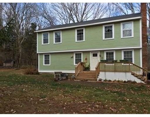 Casa Unifamiliar por un Venta en 1 Hillside Avenue Berkley, Massachusetts 02779 Estados Unidos