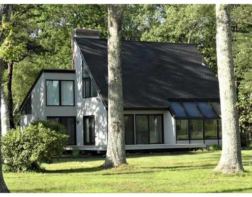 Single Family Home for Sale at 72 Summer Road Berlin, Massachusetts 01503 United States