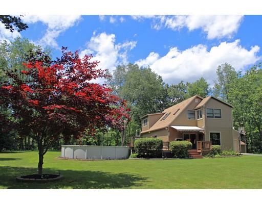 Maison unifamiliale pour l Vente à 544 Leyden Road Greenfield, Massachusetts 01301 États-Unis