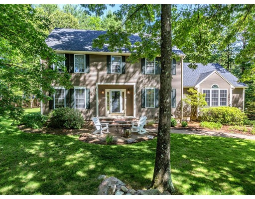 Single Family Home for Sale at 125 Weldon Farm Road Rowley, Massachusetts 01969 United States