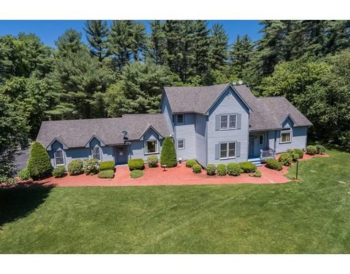Maison unifamiliale pour l Vente à 3 Carriage House Drive Lakeville, Massachusetts 02347 États-Unis