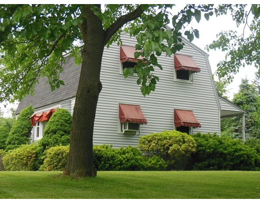 Single Family Home for Sale at 285 Renfrew Street Methuen, Massachusetts 01844 United States