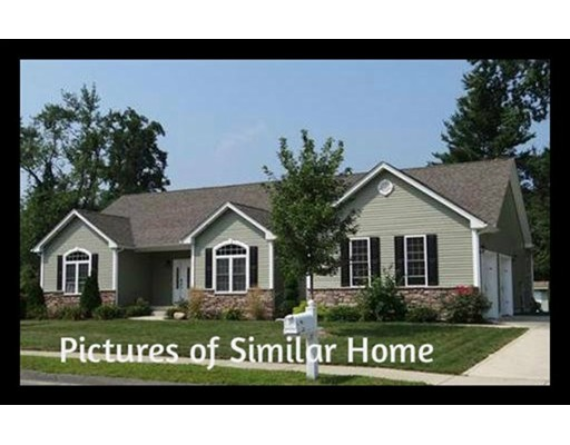 Single Family Home for Sale at 1 Halons Way Southampton, Massachusetts 01073 United States