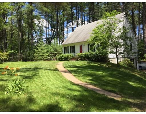 Casa Unifamiliar por un Venta en 181 North Street Norfolk, Massachusetts 02056 Estados Unidos
