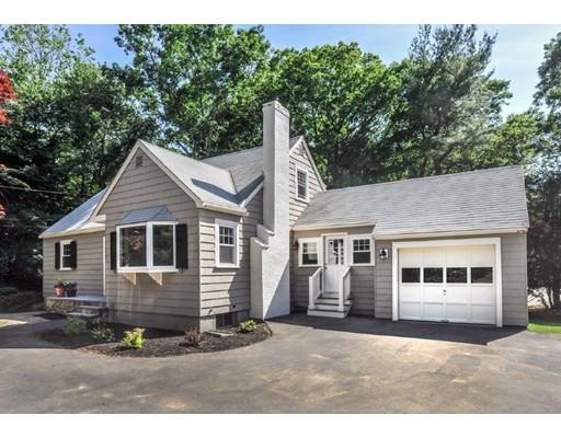 独户住宅 为 销售 在 65 Spring Street 麦德菲尔德, 马萨诸塞州 02052 美国