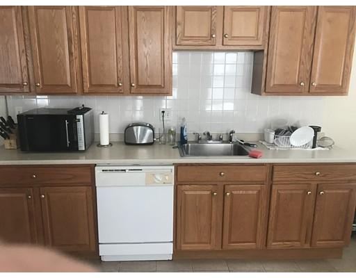 Additional photo for property listing at 304 Beacon Street  Somerville, Massachusetts 02143 Estados Unidos