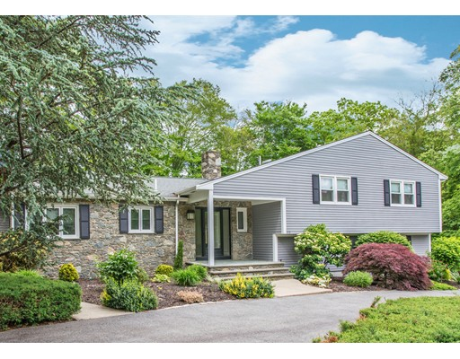 Casa Unifamiliar por un Venta en 419 Bradford Place Dartmouth, Massachusetts 02747 Estados Unidos