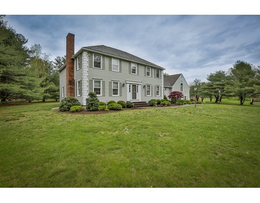 Single Family Home for Sale at 525 Ipswich Road Boxford, Massachusetts 01921 United States