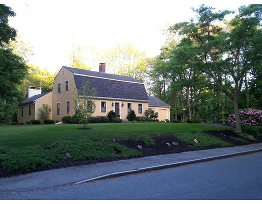 130 Holt Rd, Andover, MA 01810