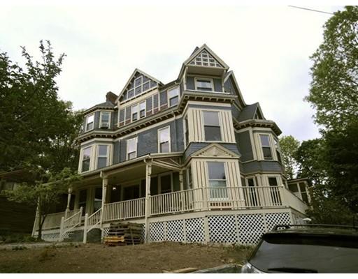 独户住宅 为 出租 在 69 Summit Avenue 布鲁克莱恩, 马萨诸塞州 02446 美国
