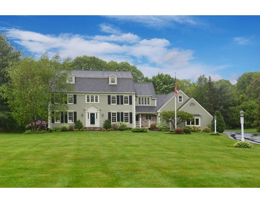 Single Family Home for Sale at 285 West Street Northborough, Massachusetts 01532 United States
