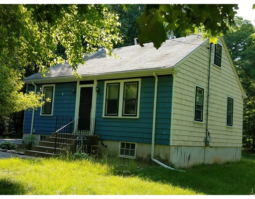 Single Family Home for Sale at 166 Hathaway Road Acushnet, Massachusetts 02743 United States