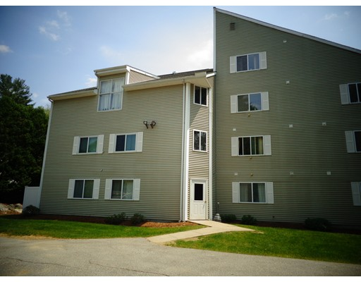 Condominium for Sale at 72 Perry Street Putnam, Connecticut 06260 United States