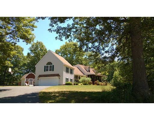 Additional photo for property listing at 133 Killiney Woods  Millville, Massachusetts 01529 United States